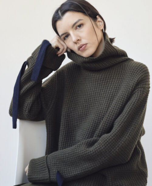 Khaki green turtleneck cashmere sweater