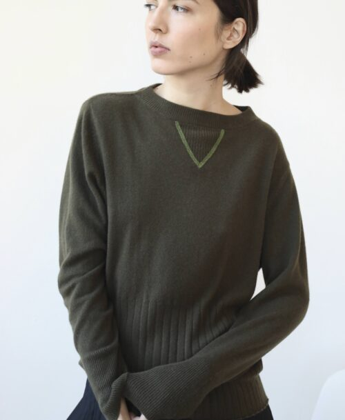 Ribbed khaki cashmere sweater